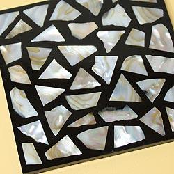 シェルコースター6枚セット(ケース付・モザイク大)は、シェルの輝きが美しい!