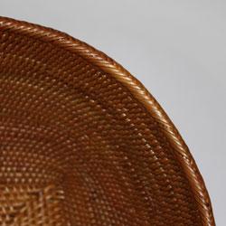 バリ・アタ製マルチバスケット細部まで丁寧な編みこみです!