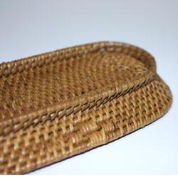 バリ・アタ製おしぼり置き(トレイ)丁寧に編みこまれています。