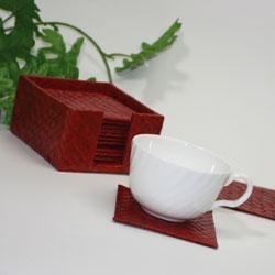 バリ・パンダン製コースター・レッドオシャレなカフェを演出