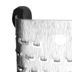 マイクロプレイン ゼスターグレーター(万能おろし金)ブラック  刃先には滑り止めが付いています。