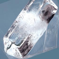 フタ付きアイストレー・スティックタイプ氷の表面