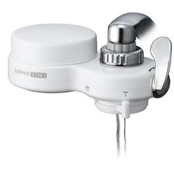 高性能薄型浄水器 クリピーレフィノのストレート放水。