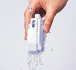 ワンストロークシャープナーの刃は水洗いOK