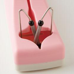 【日本製】ダイヤモンドシャプナー付き包丁差し(包丁研ぎ器)ピンクのV字に、ダイヤモンド砥石が!!