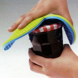 シリコーンハート型鍋敷きは耐熱性と柔軟性抜群。