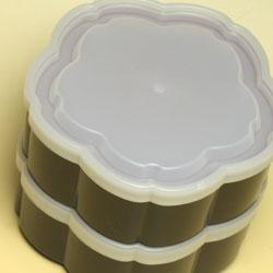【日本製】二段オードブル重箱 舞桜 ピンク(小)タッパー付きだから汁物も安心。