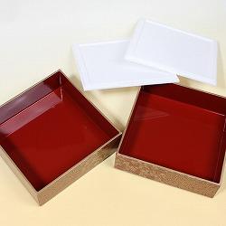 【日本製】三段オードブル重 5.0角型花の舞黒(タッパー付き)