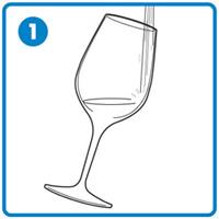 ワイングラスのお手入れ 熱めのお湯で洗う