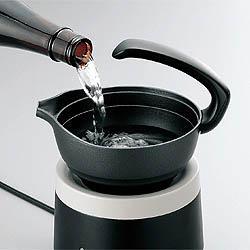 酒燗器 TW-4418Bは使いやすい片口酒器