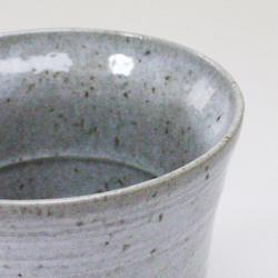 陶器二重構造カップの口当たり
